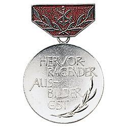 Medaile vyznamenání GST AUSBILDE STØÍBRNÁ