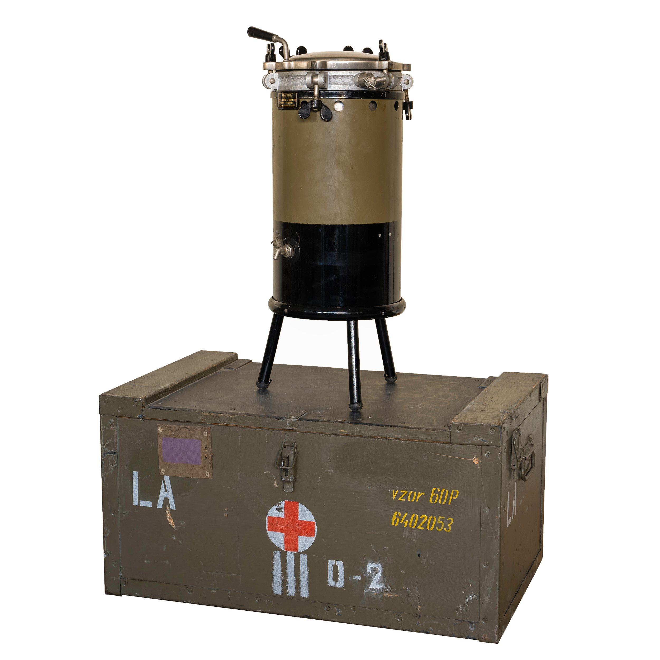 Autokláv pro sterilizaci v bednì LA vz.60