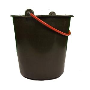 Kbelík mìkèený plast BW 10 litrù použitý